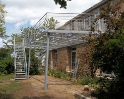 SMRH - GARLAN - Terrasse métallique acier galvanisé avec platelage bois, Carantec