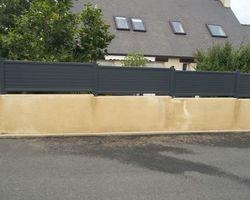 SMRH - GARLAN - Potail + portillon + clôture sur muret, Lanmeur